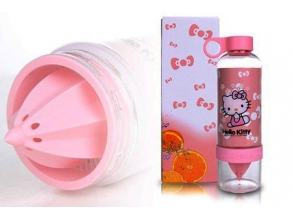 RM20 for Hello Kitty Fruit Infuser Bottle (worth RM39.90)