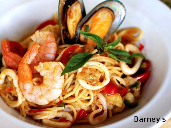 Free Drinks Upon Purchase of Spicy Seafood Spaghetti @ Barney's