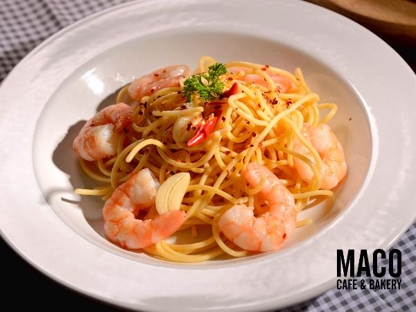 RM18.90 for Maco's Garlic Prawn Pasta with Sparkling Juice (Worth RM31.80)